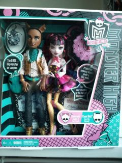 Newly listed Monster High Wave 2 Draculaura and Clawd Wolf 2 Pack [NIB