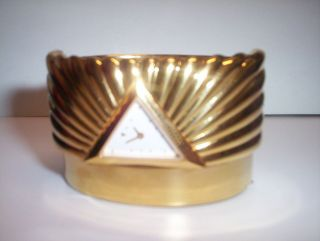 FRANKLIN MINT GOLD PLATED LADIES EGYPTIAN PYRAMID TRIANGLE CUFF WATCH
