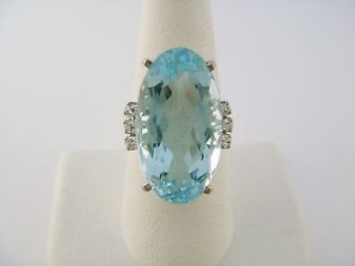 Stern 18K White Gold 17ct Aquamarine & Diamond Cocktail Style Ring