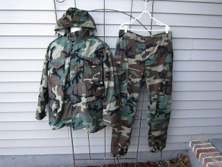 US NAVY SEABEES CAMO WINTER HOODIE JACKET/PANTS (LARGE LONG)