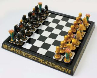 CHESS SET EGYPT SYMBOLS PHAROAH KING SNAKE LION CHESS BOARD SET