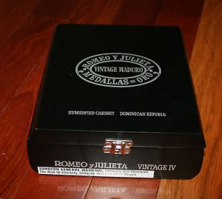 Romeo Y Julieta Cigar in Cigar Boxes