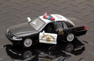Ford Crown Victoria   California Highway Patrol   Maisto