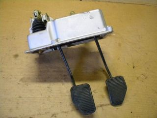 87 Ferrari Testarossa clutch / brake pedal box