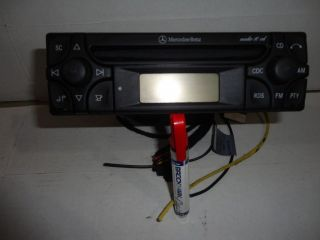 Mercedes Benz Radio Stereo CD Player Audio 10 E320 E420 E500 C220 C230