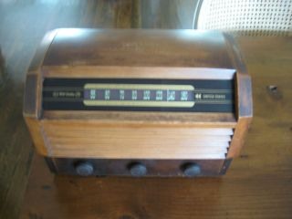 Vintage Late Forties Wood RCA Victor Radio, Model 56X3