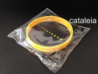 NEW NIKE LIVESTRONG CANCER YELLOW BRACELET WRISTBAND RUBBERBAND ADULT