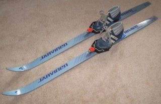 Jarvinen youth cross country skis 120cm w/ size 12 Soho boots