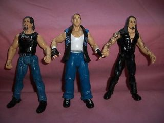 WWE WRESTLING FIGURES LOT OF 3 DIFFERENT FIGURES CAN BE USED WITH