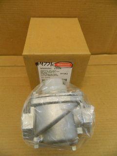 HONEYWELL V5055C 1034 INDUSTRIAL GAS VALVE 1 NPT W/FM DOUBLE SEAT NEW