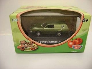 Fresh Cherries Green Ford Pinto Cruise Wagon 1/87 HO Scale Diecast Car