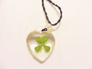 real four leaf clover necklace in Necklaces & Pendants