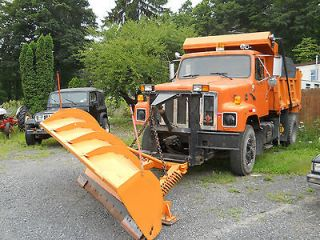 1989 international dump truck with plow