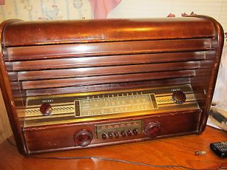 1948 westinghouse table top short wave radio model H104