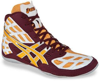 asics split second wrestling shoes in Clothing,