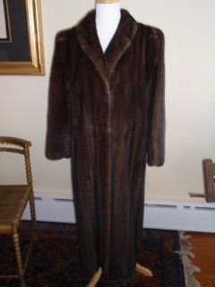Bill Blass Furs Beautiful Full Length Pre Owned Mink Coat Excellent