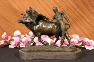 Signed Fisher Bull Fighter Spain Toro Bronze Marble Sculpture Statue