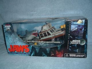 JAWS Deluxe Boxed Set Movie Maniacs 4 McFarlane 2001 MISB Sealed Boat
