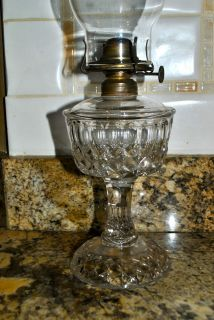 antique glass oil lamps in Lamps Non Electric