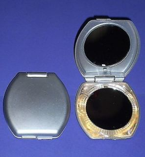 Set of 2 Lighted Compacts Make Up Makeup Mirror 1 Side Magnified Fast