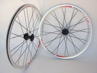 26 WHITE ATB MTB MOUNTAIN BIKE DISC BRAKE WHEELS HAND BUILT