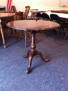 Ethan Allen Georgian Court Tripod Tea Tilt Top Table