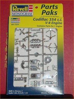 CADILLAC 354 CID. CHROME ENGINE KIT 125 REVELL MONOGRAM NOS 1998 NO