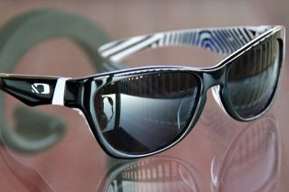 NEW OAKLEY JUPITER LX SHAUN WHITE Polished Black frame / Grey lens
