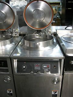 BKI FKM F Electric Pressure Fryer, 75 lb Capacity, Quick Disconnect