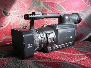Panasonic AG HVX200 P2 & MiniDV HD Camcorder   Black
