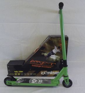 Extremist 2 Freestyle Scooter MGP Madd District Razor Phoenix Green