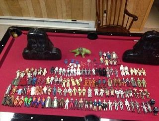 STAR WARS VINTAGE TOY 124 Action Figure Huge Lot WEAPONS 2 cases Coin