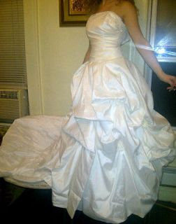 Bridal wedding gown/sweet 16/prom quinceanera sweet 15 W train size 2