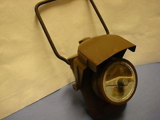 WWII ARMY MILITARY BICYCLE BLACKOUT BATTERY ELECTRIC LAMP LANTERN O D