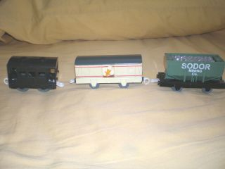 Thomas the Train TRACKMASTER SODOR MINING Co ORE CAR, ICE CREAM CAR