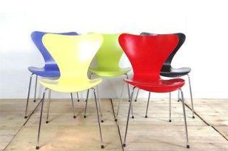 Arne Jacobsen series 7 chair Fritz Hansen, knoll,danish,herman miller