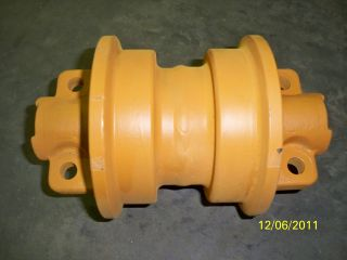 NEW KOMASU D20 OR D21 BOOM RACK ROLLER FOR DOZER & LOADER