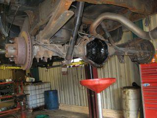 99 07 2500HD Chevy Silverado Sierra Rear End Differential 14 Bolt 10.5