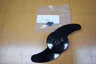 New Johnson Evinrude Outboard Electric Trolling Motor Propeller 772985
