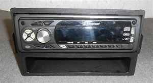 Emerson MDM 4500 CD Player Radio MP3