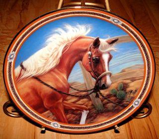 On The Range GOLDEN TREASURE Susie Morton The Danbury Mint Horse Plate