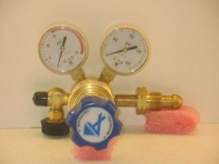 ADVANCED SPECIALTY GAS EQUIPMENT AG9048 REGULATOR NEW!!