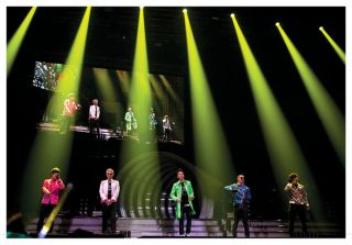 YESASIA 2010 YG Family Concert (DVD + Photobook + Poster in Tube) (2