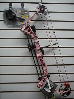2013 Fred Bear Apprentice 2 Pink Camo Compound Bow Package R/H or L/H