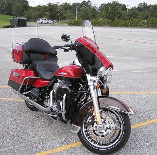 Harley Davidson : Touring 2011 FLHTK Ultra Classic Limited, Cherry and