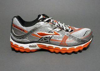 Brooks mens Trance 10 running shoes   Orange / White / Black