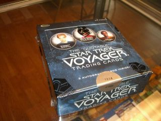 The Quotable Star Trek Voyager Sealed Box + P1  3 Autographs