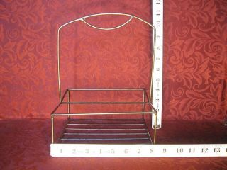 VINTAGE COLLAPSIBLE FOLDING WIRE EGG BASKET WITH RED HANDLES