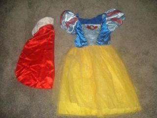Disney Princess Dress Up~Snow White Dress and Cape Sz 4/5/6/6X