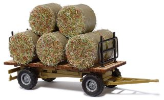 44930 Hay Wagon with round bale load   HO scale   Busch     NEW!